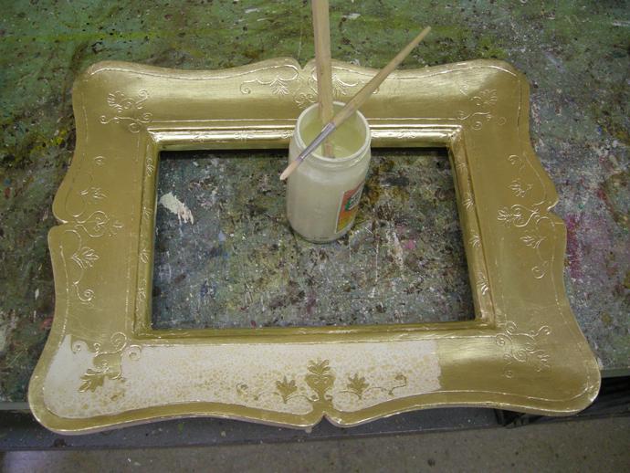 Una Cornice Buran Sagoma Incisione Doratura Pittura